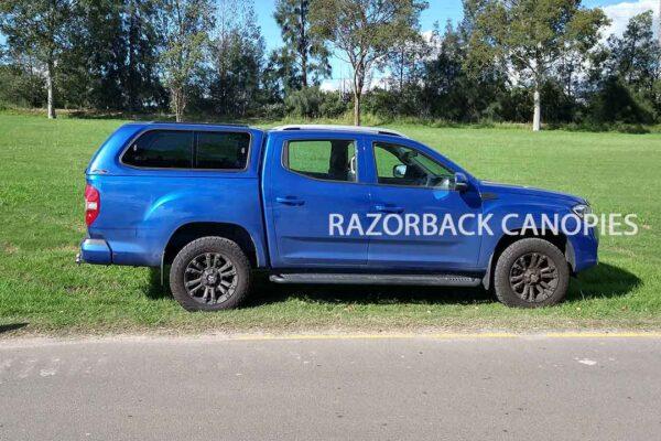 razorback fibreglass canopy ldv t60 blue