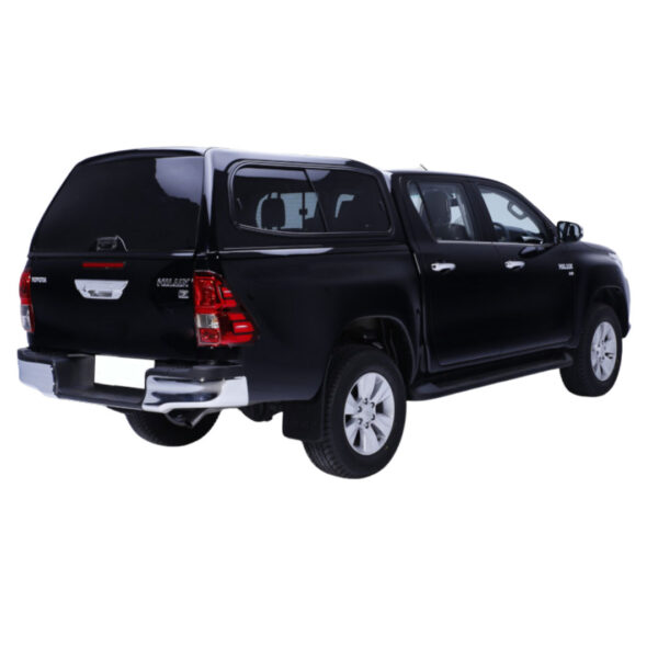 SMM canopy fitted to toyota hilux sr5